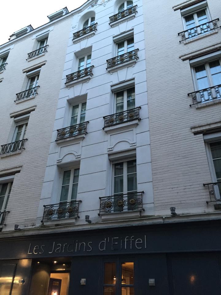 Les Jardins D Eiffel In Paris Complete Custom European Travel